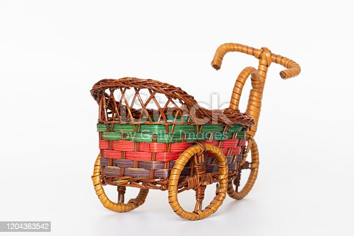 Storage container made of bamboo, wood, bamboo and hand-woven trolley