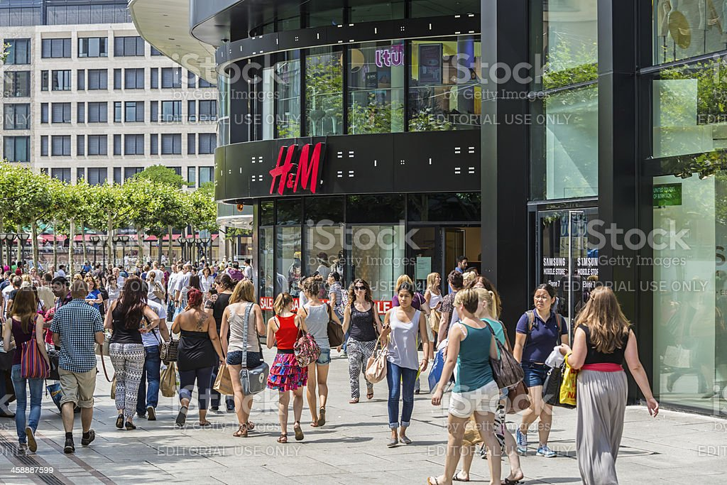 H&M store close to the Zeilgalerie in Frankfurt stock photo
