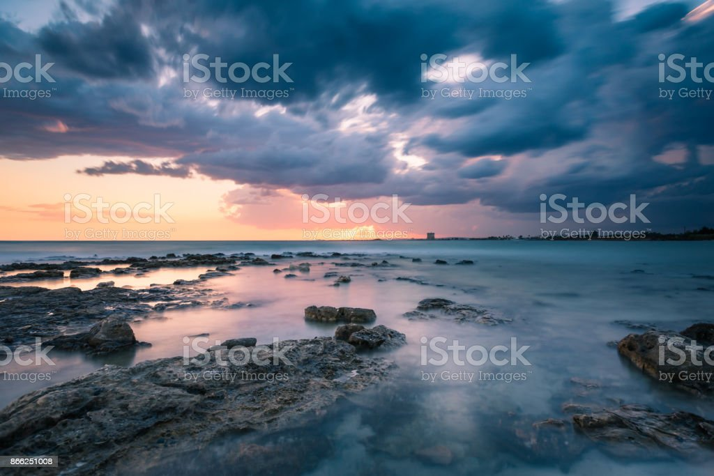Tempesta In Mare Stock Photo More Pictures Of Cliff Istock