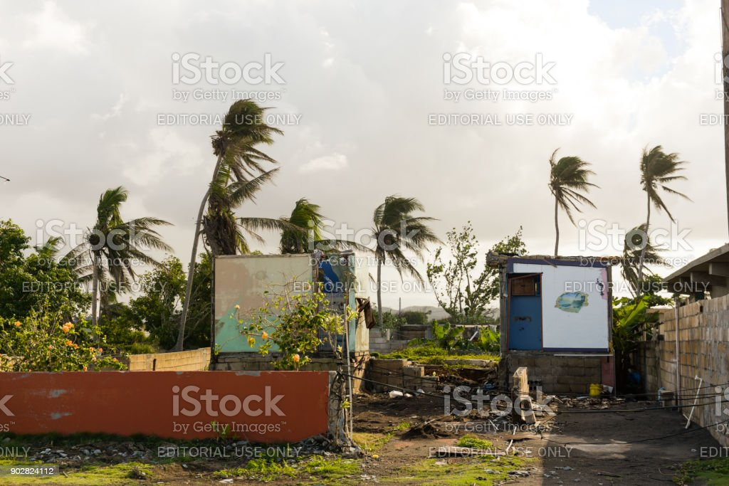 Storm beschädigt Hause – Foto