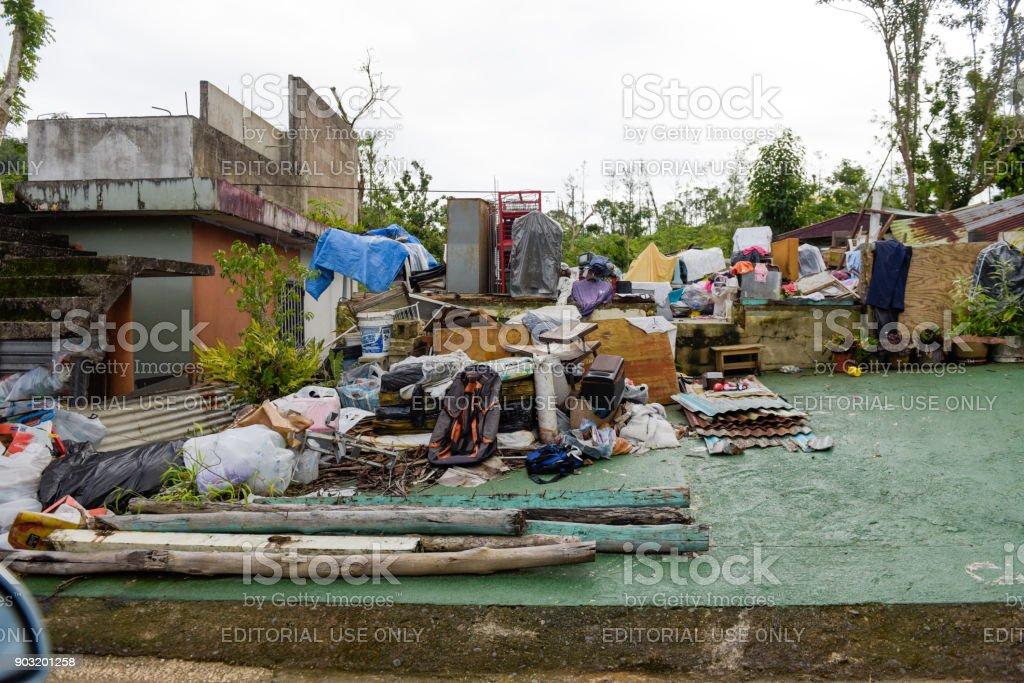 Sturm beschädigt Nachbarschaft – Foto