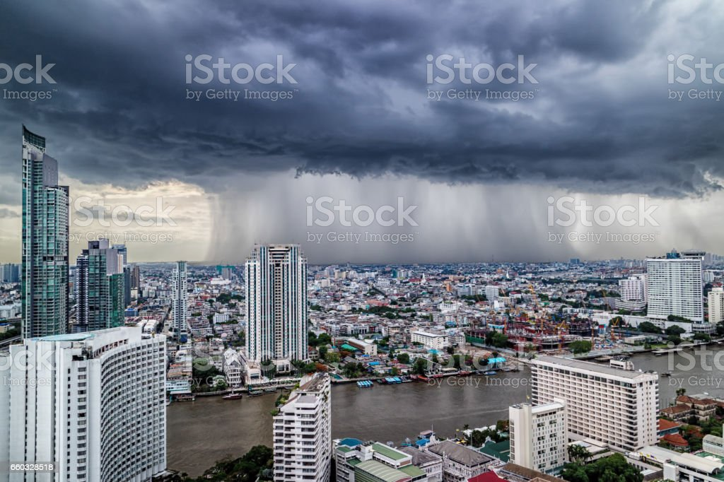 曼谷風暴日圖像檔