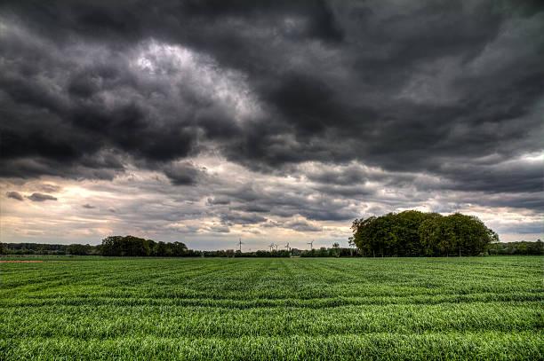 storm felder - deutsche wetter stock-fotos und bilder