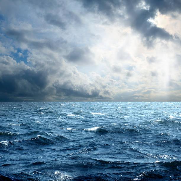 storm over sea - vattenlandskap bildbanksfoton och bilder