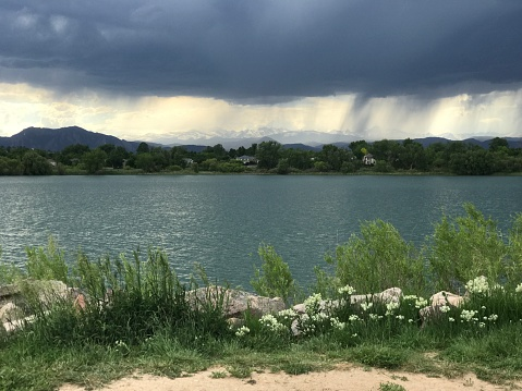 Storm Op Waneka Meer Stockfoto en meer beelden van Berg