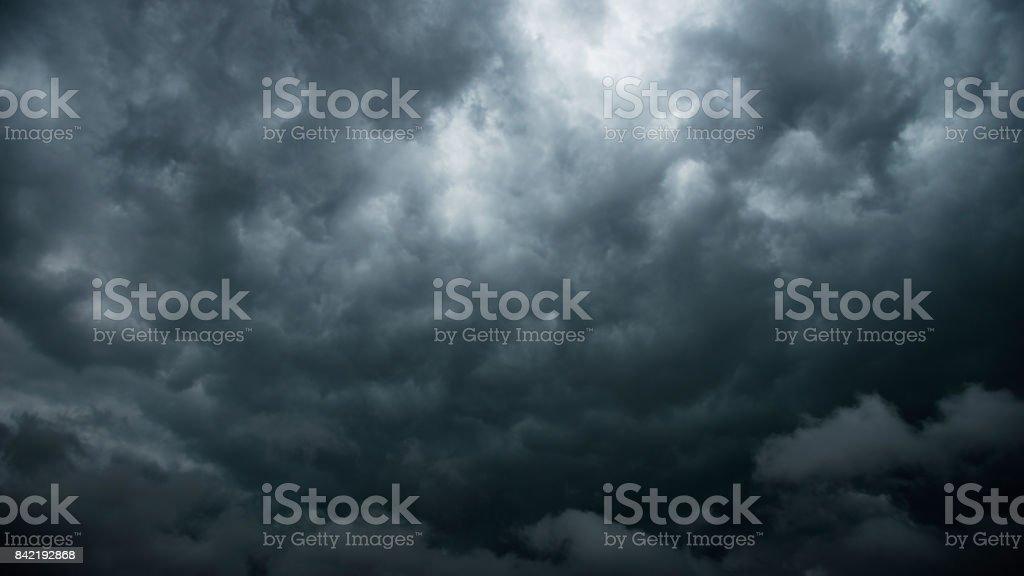 Stürmischen Wolken für Hintergrund – Foto