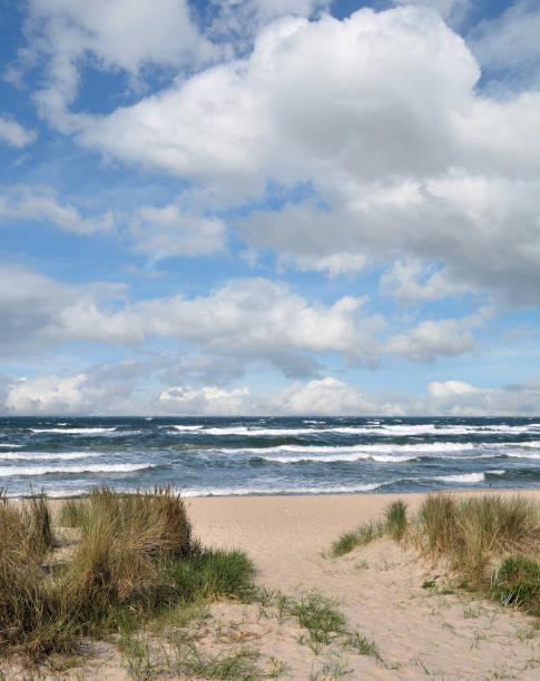 Stürmischer Tag am Strand von Baabe, Baltikum, Rügen, Deutschland – Foto
