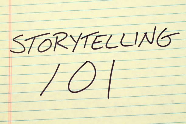 geschichtenerzählen 101 auf einen gelben notizblock - kurzgeschichten stock-fotos und bilder