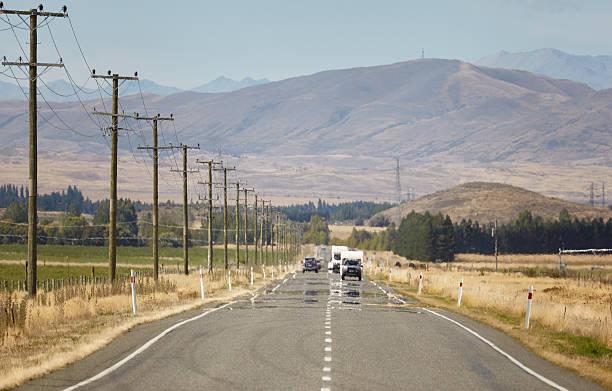 Straßenverkehr bei Omarama stock photo