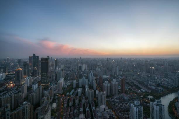 Ein seltsames Licht am Himmel von Shanghai – Foto