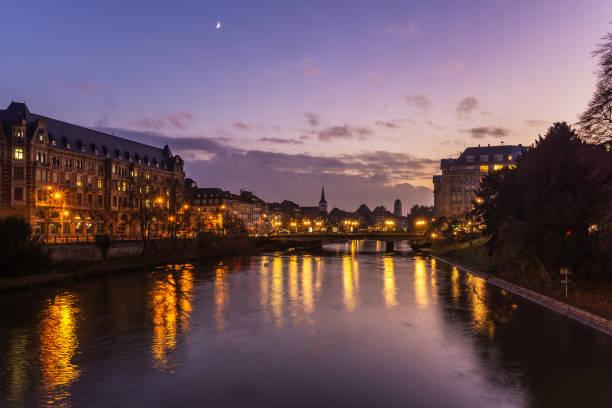 Straßburg Stadtbild in der Abenddämmerung, Frankreich – Foto