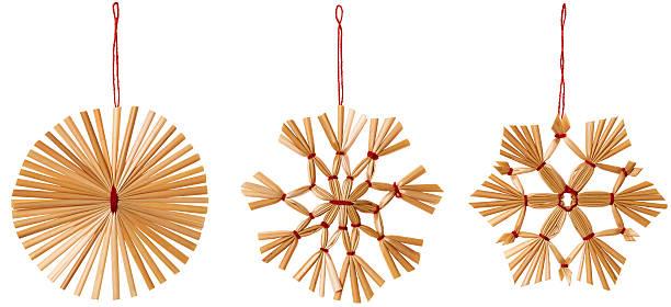 straw snowflake hanging decoration, strawy snow flake christmas hang set - halmslöjd bildbanksfoton och bilder
