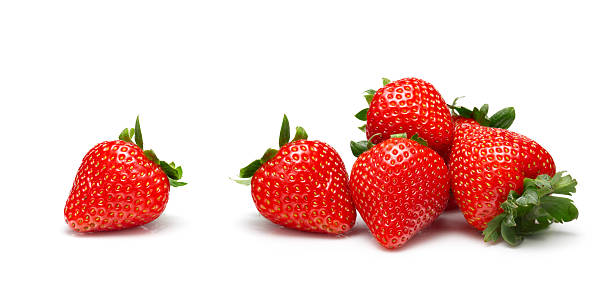 strawberries on white background - aardbei stockfoto's en -beelden