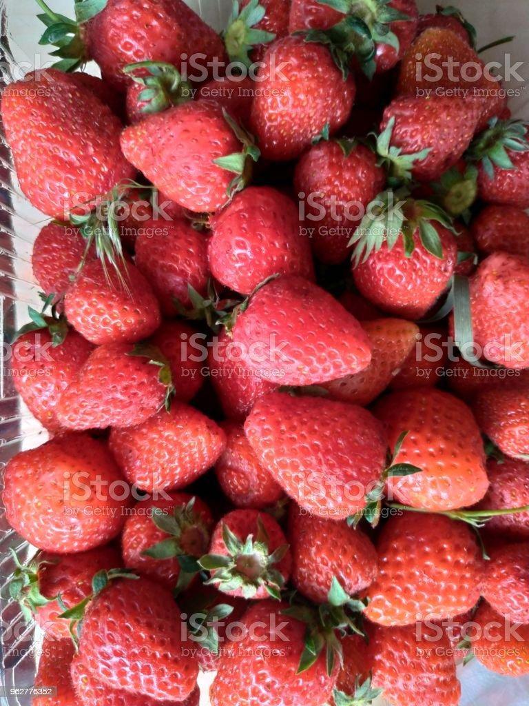 strawberries - Foto stock royalty-free di Alimentazione sana
