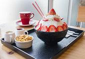Strawberry Bingsu