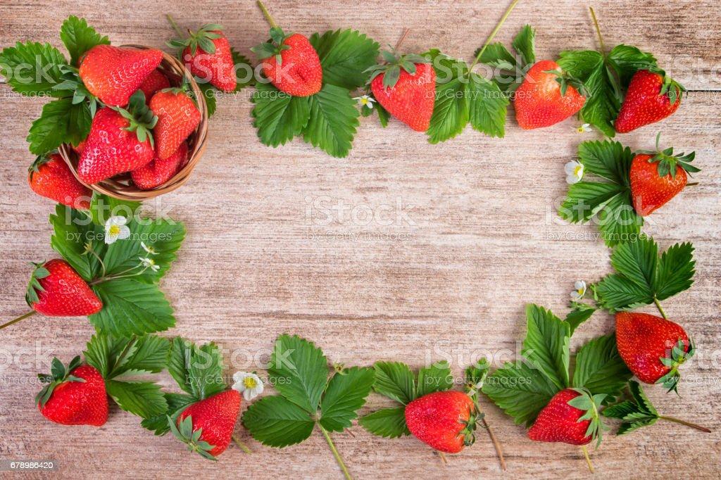 Strawberry bright background frame berries photo libre de droits