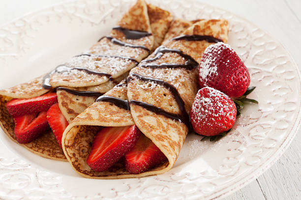 strawberry crepes - crepe bildbanksfoton och bilder