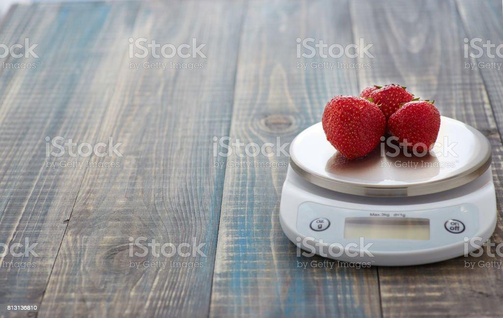 Fresa en las escalas - foto de stock