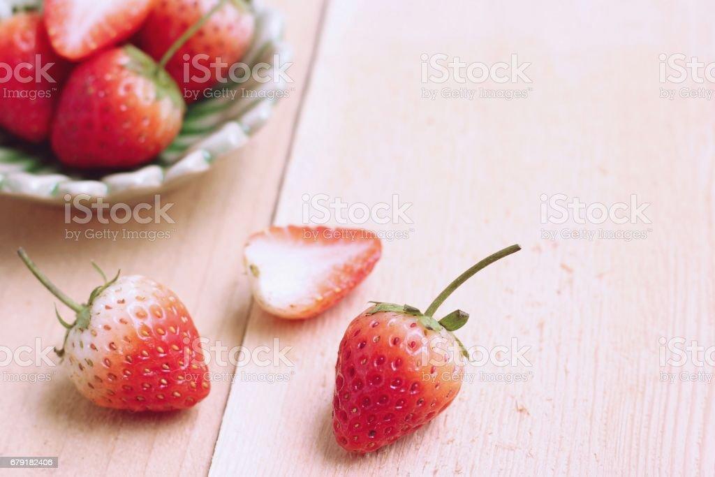 Strawberry on wood background photo libre de droits