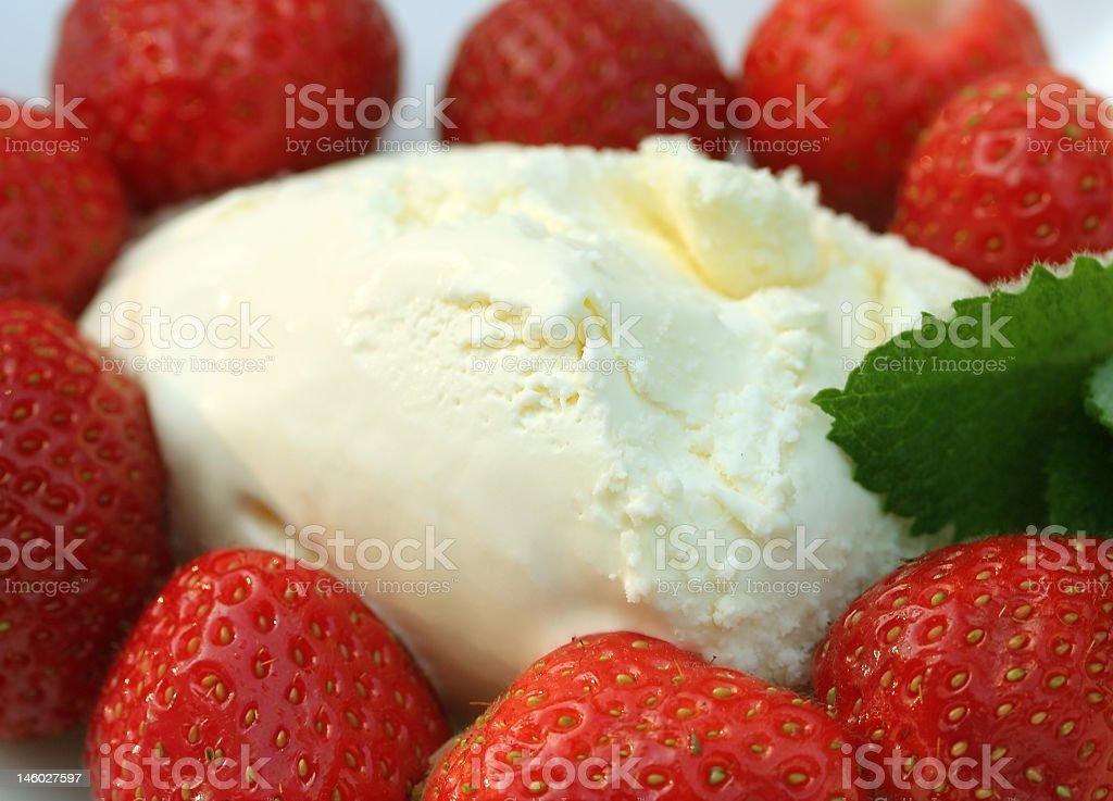 strawberryt mint ice cream royalty-free stock photo