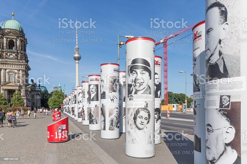 Street art mit historischen berühmter Personen in der Innenstadt von Berlin – Foto