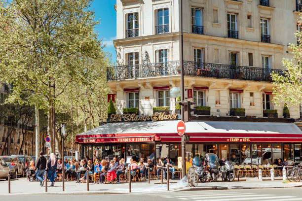 Straßencafé in Paris, Frankreich – Foto