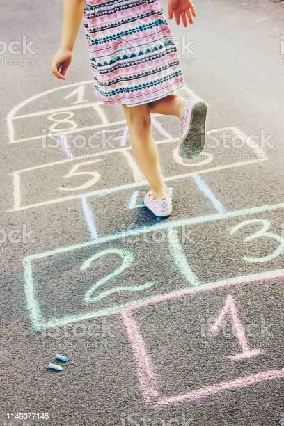 Street childrens games in classics selective focus picture id1146077145?b=1&k=6&m=1146077145&s=612x612&h=clrblgof4 26k1qdfo 8 70gnrkbc7romfat rc1hpg=