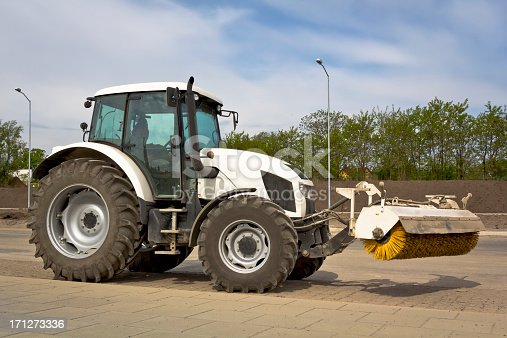 istock Street cleaning vehicle 171273336