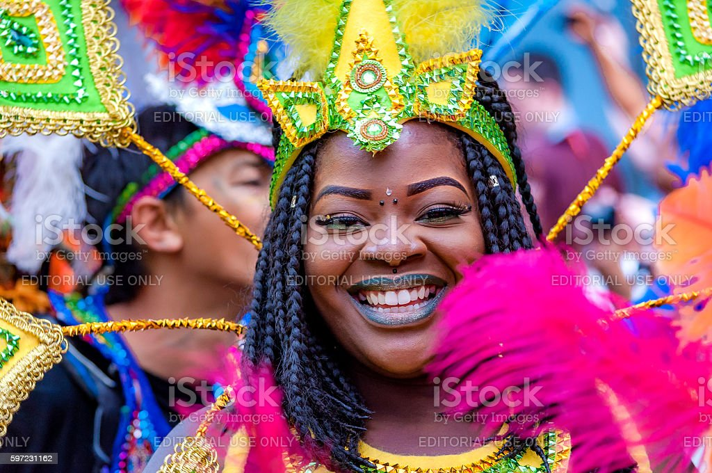 Street dancer is having fun at London's Notting Hill Carnival – Foto