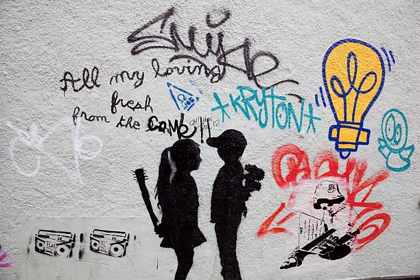 graffiti di strada nel centro di Bristol - foto stock