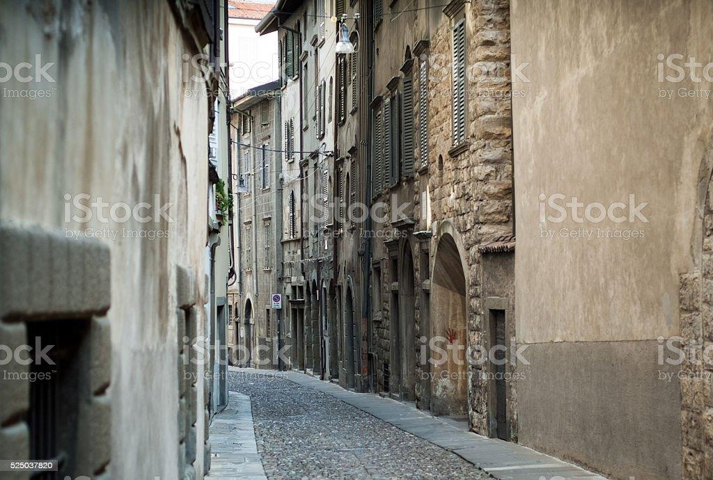 Street en Bérgamo - foto de stock