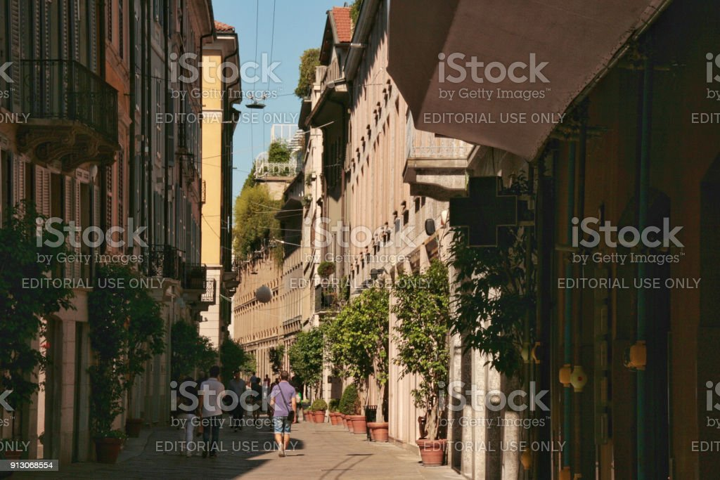A street in Brera, Milan - foto stock
