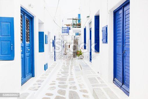istock Street in famous Mykonos town, Greece 538669552