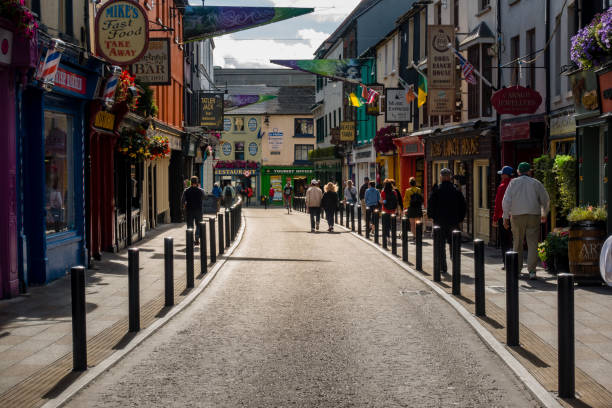 Straße in Killarney in Irland – Foto