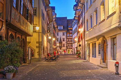 GISMETEO: Vremea în Zug pe o lună, prognoza meteo pe 30 de zile, cantonul Zug, Elveţia