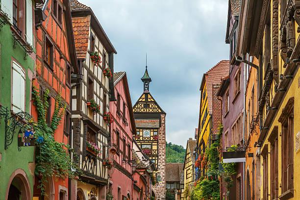 street in Riquewihr, Alsace, France – Foto