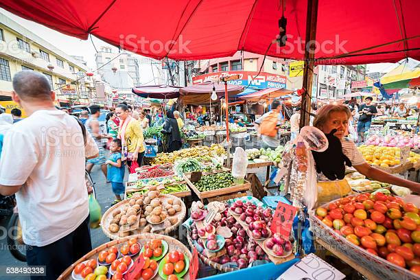 Street market in manila philippines picture id538493338?b=1&k=6&m=538493338&s=612x612&h=rd6uo1qdoxqmdxzwwjo18oriypadslm8oekehovkef0=
