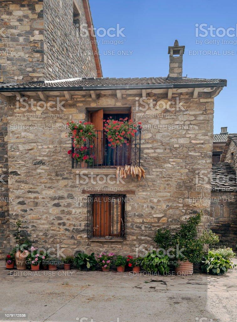Calle de Ainsa - foto de stock