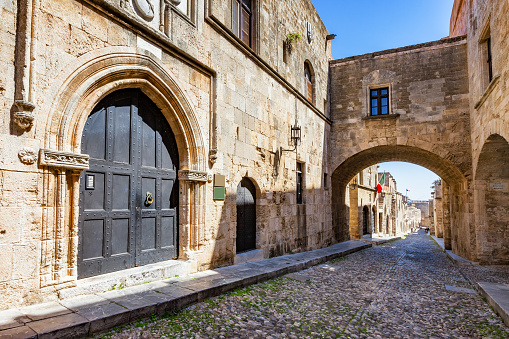 istock Street of Knights in old town Rhodes Rodos Greece 1139780518