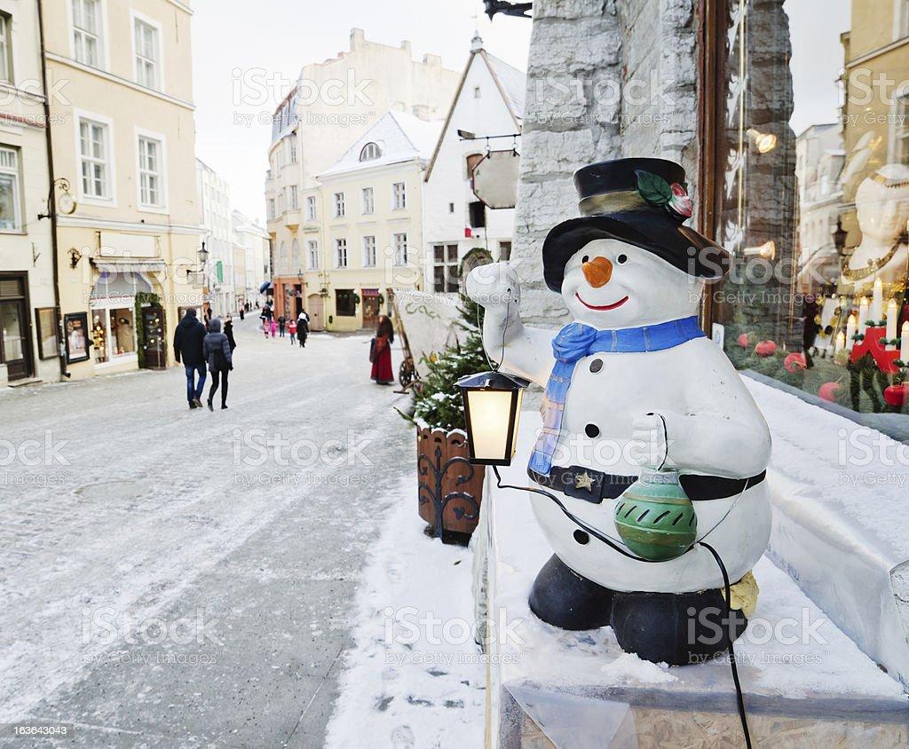 Street von Tallinn ist von Weihnachten – Foto