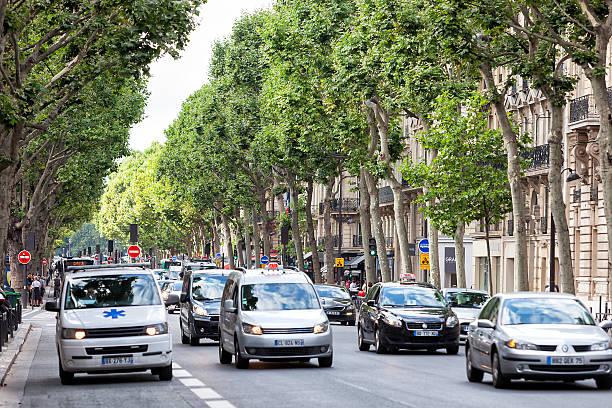 Scène de rue, sur le Boulevard Saint-Germain, Paris, France - Photo
