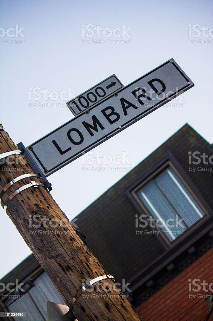 Street señalización en Lombard Street, San Francisco, Estados Unidos - foto de stock