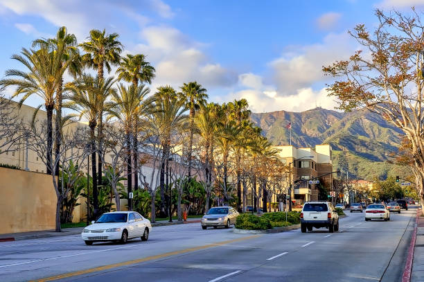 street traffic and buildings in the city of burbank, california - san fernando valley stock photos and pictures