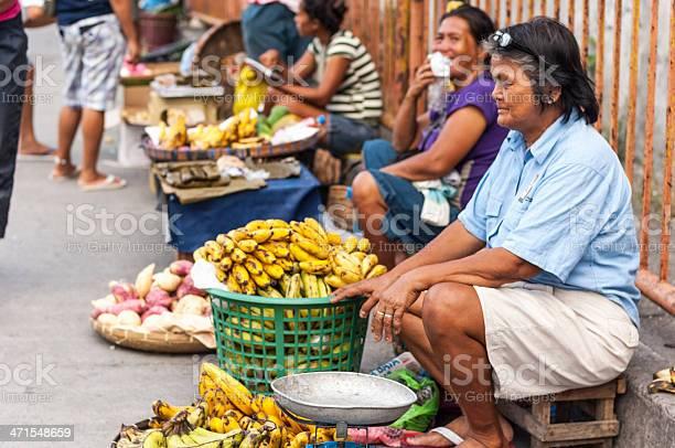Street vendor in philippines picture id471548659?b=1&k=6&m=471548659&s=612x612&h=ms2d5zy7qhg8knssyjsfnjtah0xpprgcux wxm0e2kw=