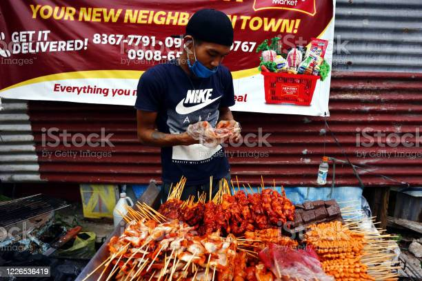 Street vendor sell assorted grilled pork and chicken innards barbecue picture id1226536419?b=1&k=6&m=1226536419&s=612x612&h=rgfgyszahssriauay5hlckm8z8e4xkfmwffll6ozymy=