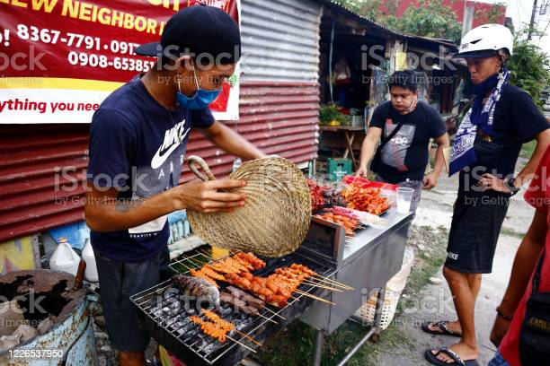 Street vendor sell assorted grilled pork and chicken innards barbecue picture id1226537950?b=1&k=6&m=1226537950&s=612x612&h=kzowa5taoyjv1vhfnhggc6apszk0myzcw2euwgxal94=