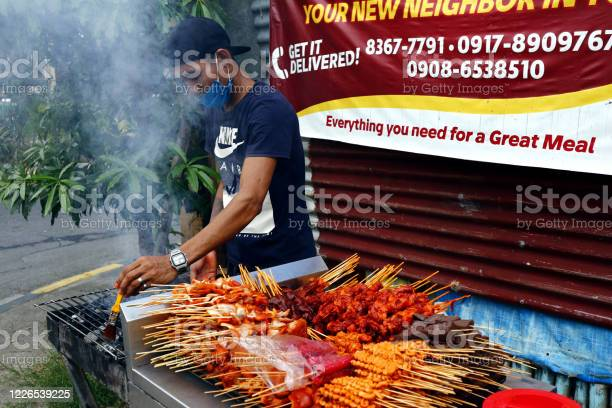 Street vendor sell assorted grilled pork and chicken innards barbecue picture id1226539225?b=1&k=6&m=1226539225&s=612x612&h=kitxq4dvnvbpua4veusonsapkncll4zepni8usx00by=