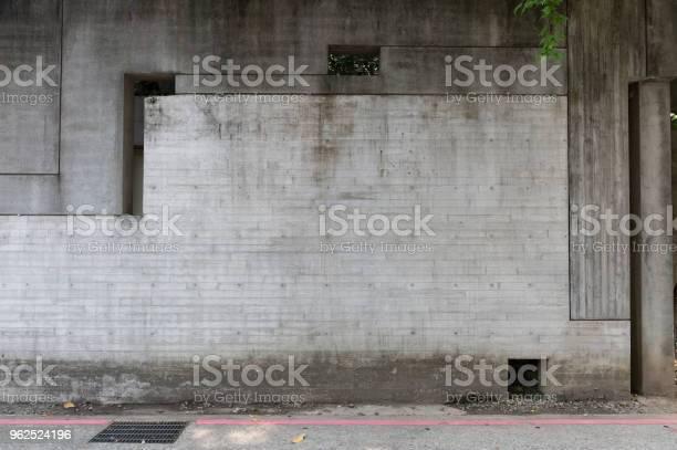 Foto de Rua Parede Fundo Fundo Industrial Rua Urbana De Grunge Vazio Com Parede De Tijolo De Armazém e mais fotos de stock de Abandonado