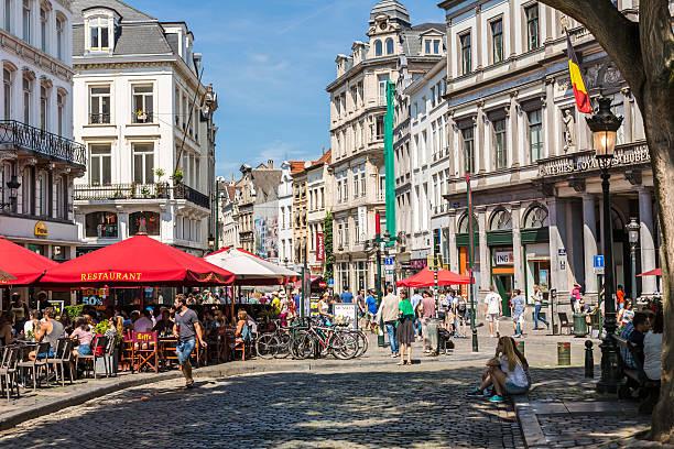 Street with restaurants in Brussels – Foto