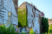 istock Streetart in Berlin 535556527